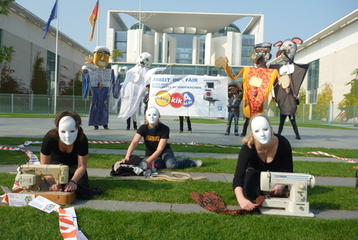 Protest of the Clean Clothes Campain in front of the Federal Chancellor's Office